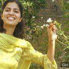Beautiful Girl in Pakistan Salwar Kameez