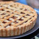 Classic Pear Pie