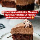 Diese vegane Schoko-Mousse-Torte wartet darauf von dir gebacken zu werden! 🤤