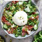 Salade met burrata, serranoham en pistachepesto - Chickslovefood