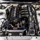 Engine of 1994 BMW 3 Series 318 IS E36