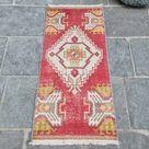 Red Turkish Rug, Small Turkish Rug, Handmade Vintage Oushak Rug, Muted Small Entry Rug, Turkish Door Mat, Boho Bathroom Rug, 1.4x3.2 ft
