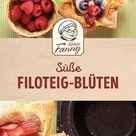 Süße Filoteig-Blüten