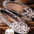 Leopard Toms