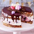 Ostertorte mit Kirschen und Schokolade Rezept  | LECKER