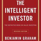 9 Books Billionaire Warren Buffett Thinks Everyone Should Read
