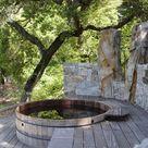 Whirlpool im Garten – woran liegt der Charme der Badetonne