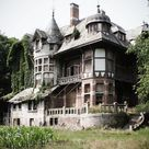 54 Still Beautiful Abandoned Buildings around the World ...