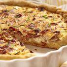 Frisch aus dem Ofen Dieses Zwiebelkuchen Rezept müsst ihr im Herbst probieren