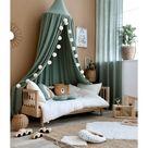 Kinderzimmer mit Musselin Textilien in Khaki & Creme