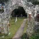 101 Spooky DIY Halloween Decorations - alpha ragas