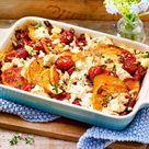 Süßkartoffel-Auflauf mit Feta und Pinienkernen Rezept  | LECKER