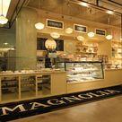 b19fcf3e97a369693e6e76318c40962b  cake shop magnolias