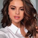 60 Best Medium-Length Hairstyles & Haircuts Of 2021 | Editorialist