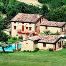 10 Best Resorts To Stay In Gualdo di Macerata – Top Resort Reviews