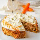 Low Carb Karottenkuchen Rezept - Zuckerfreier Möhrenkuchen mit Mandelmehl