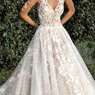 "Demetrios Capsule 2020 Wedding Dresses — ""Sophistique"" Bridal Collection   Wedding Inspirasi"