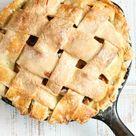 EASY Apple Pie Recipe - A Farmgirl's Kitchen