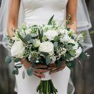 Brautstrauß in Weiß & Grün