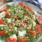 Recept Salade caprese met pesto en pijnboompitten   Savory Sweets