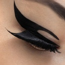 Loathe or Love: Striped Eye Liner