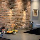 Antike Ziegelsteine als Küchenrückwand