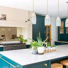 Blue and gold is the new popular kitchen design