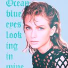 "Gorgeous lyrics Taylor Swift ""Ocean blue eyes looking in mine"""