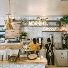 Cafe Interior   Theke