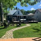 **LAKE FRONT**  Cozy Gray Cottage OPEN YEAR ROUND - Cottages for Rent in Huntsville, Ohio, United States