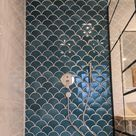 Dusche mit Fischschuppen Wandfliese