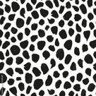 Abstract leopard safari spots seamless repeat pattern. Random placed, vector animal dots all over print on white background. – Stock-Vektorgrafik