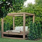 Zufluchtsorte im Lounge Garten   das Vergnügen des Sommers