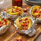 Klassische gefüllte Ofenkartoffel
