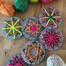 Sterne weben aus Wolle und Pappe