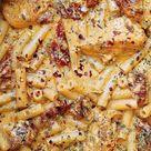 Sun-Dried Tomato Pasta with Chicken and Mozzarella