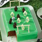 Fußball-Torte: Rezept für Fußball-Deko-Torte
