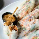 Thai Sommerrollen mit Erdnuss-Soße   Rezept mit Video   Kitchen Stories