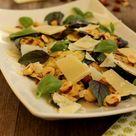 Zucchini & Haselnuss Salat nach Yotam Ottolenghi