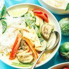 Thai Green Curry with Eggplant (Vegan!)