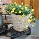 USD$20.5 Vintage Round Hollow Small Cast Iron Flower Pot Tray With Plastic Wheels European Home Garden Decor Metal Plant Pot Holder Owl