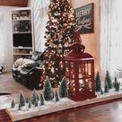 Quick Christmas Table Centerpiece