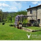 Stone house for sale in Tuscany, Italy - FineTuscany.com