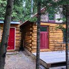 9 Affordable Alberta Cottages You Can Rent With Your Friends For Under $250 A Night