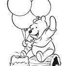 Kolorowanka Kubuś Puchatek z balonikami i miodem