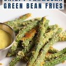 Baked Crispy Parmesan Green Bean Fries