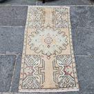 Pastel Turkish Rug, Small Runner Rug, Hand Knotted Vintage Rug, Turkish Door Mat, Boho Bathroom Rug,Turkish Rug for Kitchen Decor,1.5x2.9 ft
