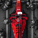 Motorcycles and cars: Photo