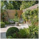 Contemporary urban family garden design in Belsize Park, North London #urban #garden #design #urbangardendesign