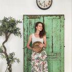 Asiaincolors instagram Account